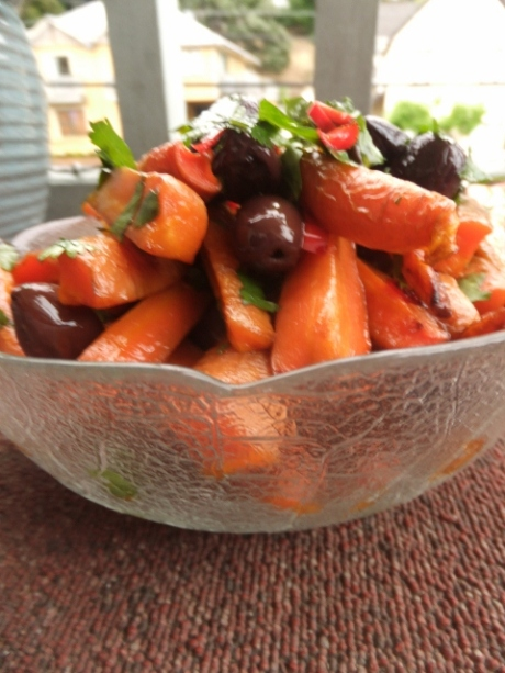 Roasted carrot salad with chilli, olives and coriander