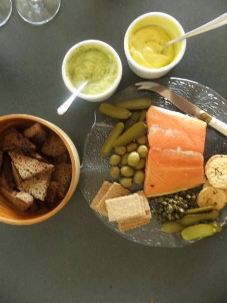 Hot smoked salmon platter + home made mayo